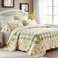 Bliss Floral Reversible Quilt Set