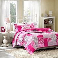 Mi Zone May Reversible Quilt Set