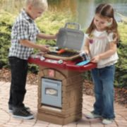 Step2 Fixin' Fun Outdoor Grill and Food Playset