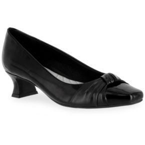 Easy Street Waive Women's Dress Pumps