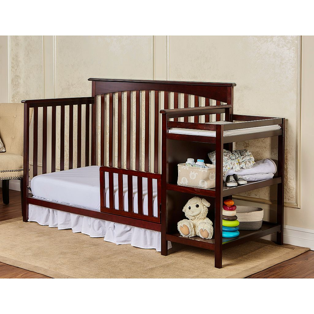 Dream On Me Chloe 5-in-1 Convertible Crib & Changer