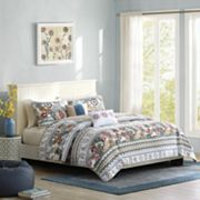 Intelligent Design Lacie Reversible Coverlet Set