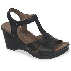 NaturalSoul by naturalizer Ravish Women's T-Strap Wedge Sandals