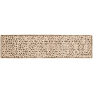 Safavieh Cambridge Tan Ornate Geometric Wool Rug