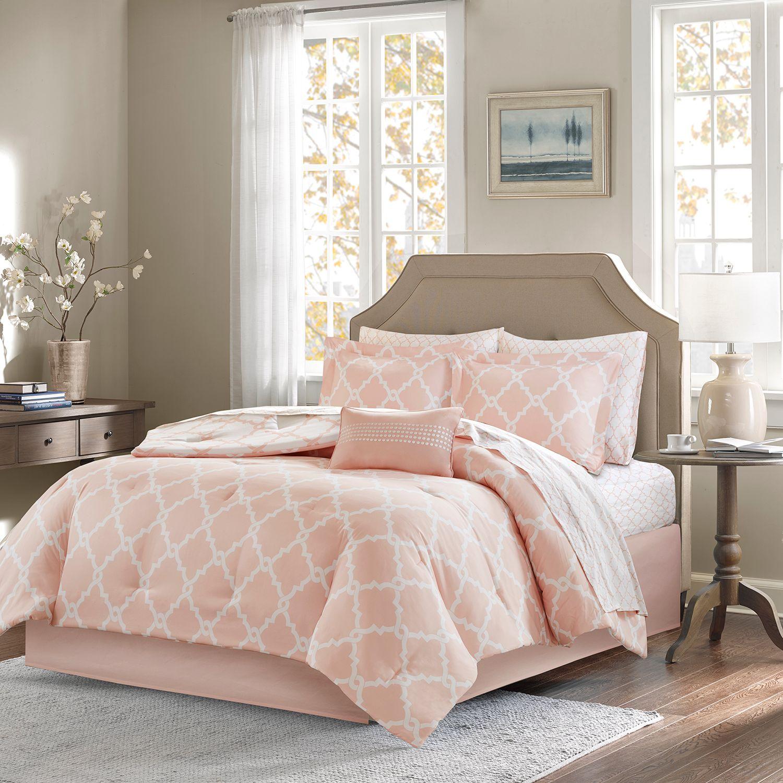 Superbe Madison Park Essentials Almaden Bed Set