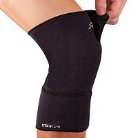 New Balance Closed Knee Support