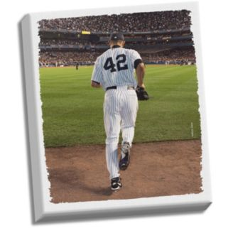 "Steiner Sports New York Yankees Mariano Rivera Entering Game 22"" x 26"" Stretched Canvas"