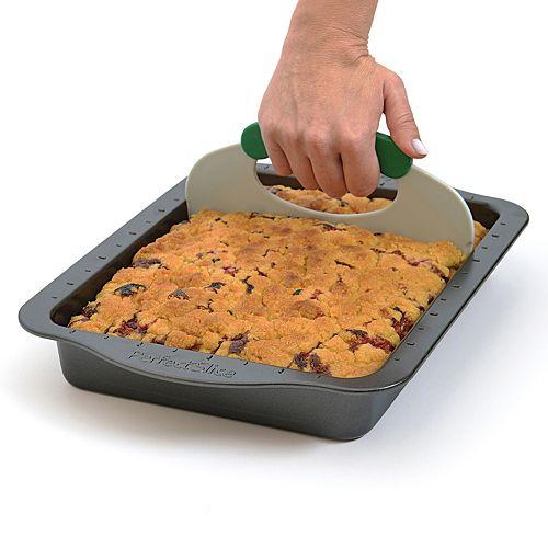 "BergHOFF 2-pc. Perfect Slice 13"" x 9"" Bake Pan & Cutting Tool Set"
