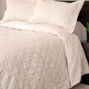 Portsmouth Home Andrea Quilt Set