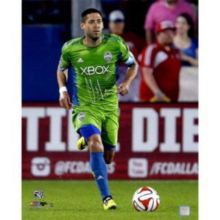 "Steiner Sports Seattle Sounders Clint Dempsey Dribbling Signed 16"" x 20"" Photo"