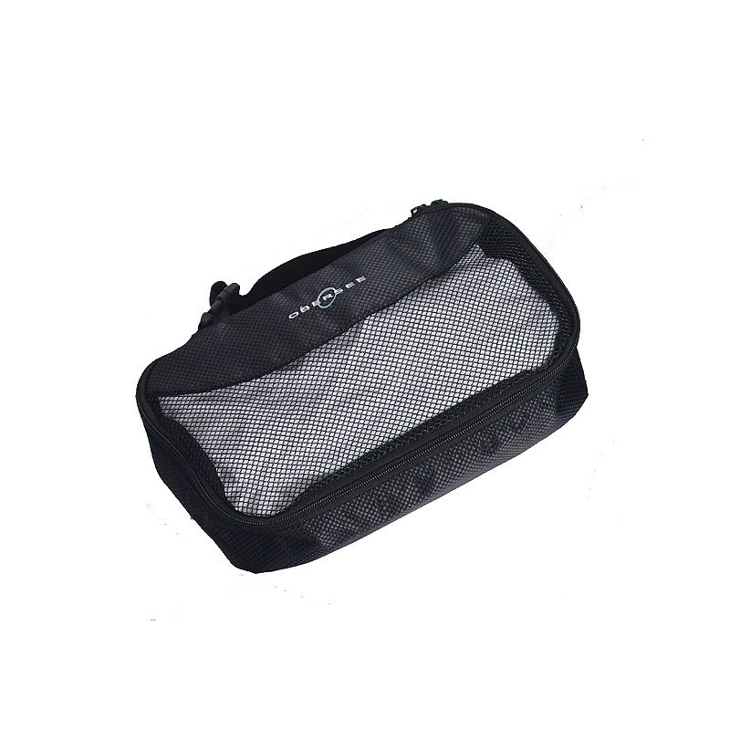 Obersee Clothing Cube, Black Use this Obersee clothing cube to store an extra change of clothes in your handbag or diaper bag for when unexpected accidents occur. Mesh front makes it easy to view contents Exterior clip easily attaches to stroller 7 L x 12 W x 3 D Imported Model no. O3QB001 Size: One Size. Color: Black. Gender: Unisex. Age Group: Infant.