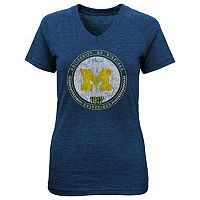 Girls 7-16 Michigan Wolverines Team Medallion Tee