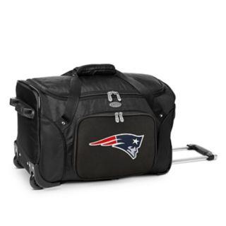 Denco New EnglandPatriots 22-Inch Wheeled Duffel Bag