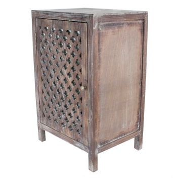 Decor Therapy Distressed Quatrefoil End Table