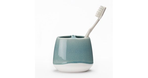 Youtube Toothbrush Rag Rug: Retreat Toothbrush Holder
