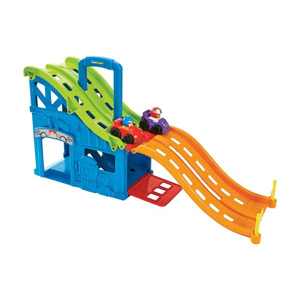 Fisher Price Little People Wheelies Race And Chase Carrier