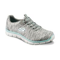 Skechers Relaxed Fit Women's Bungee Slip On Walking Shoes