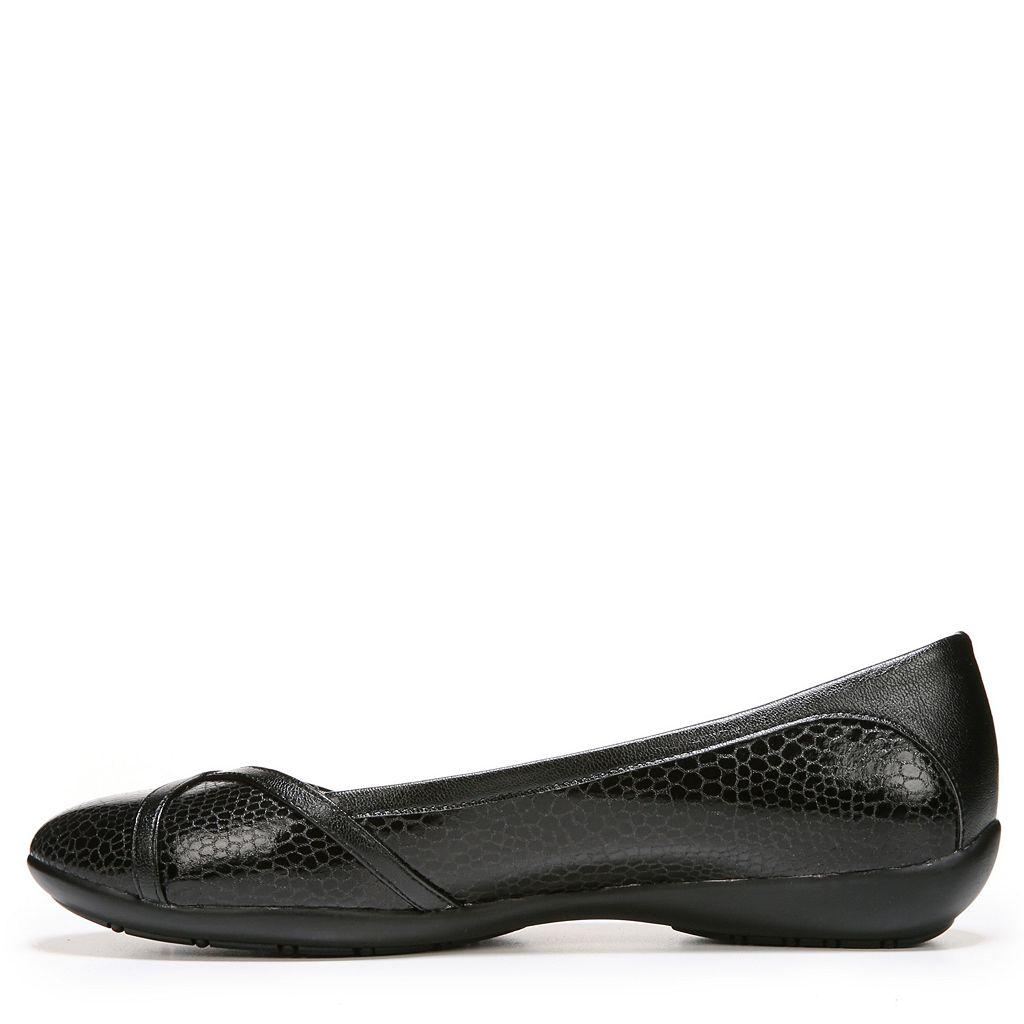 LifeStride Ladylike Women's Casual Slip-On Flats
