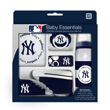 Baby Fanatic New York Yankees 5-Piece Essentials Gift Set
