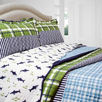 Royce Reversible Quilt Set
