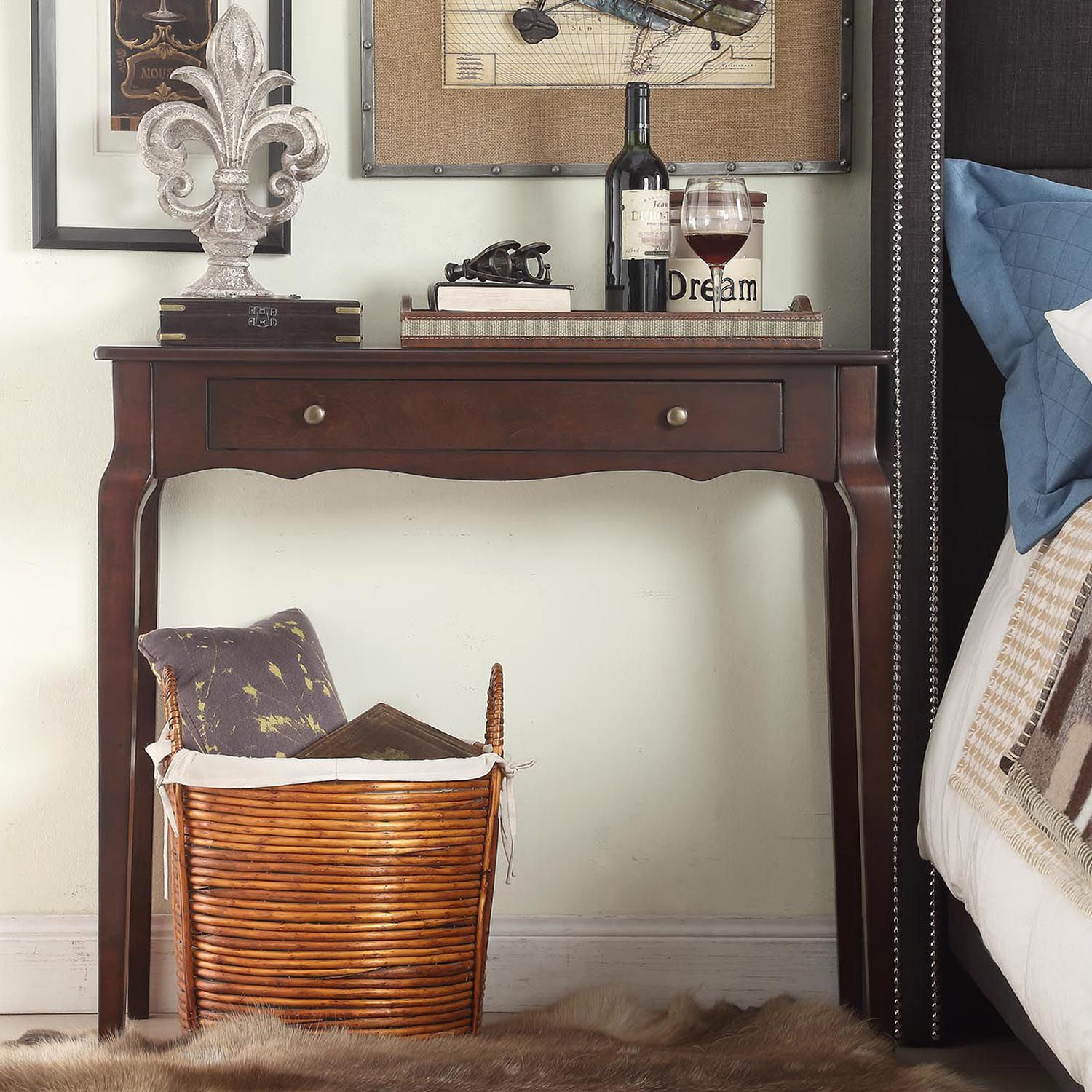 HomeVance Isabella 1 Drawer Scalloped Console Table