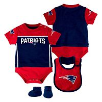 Baby New EnglandPatriots Lil Jersey Bodysuit, Bib & Bootie Set