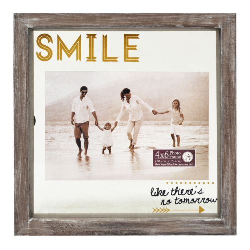 "New View ""Smile"" 4"" x 6"" Frame"