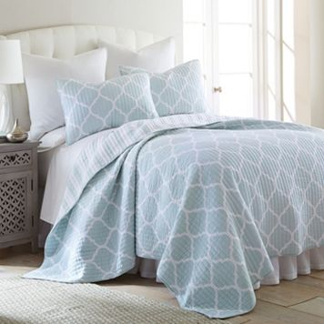 Oxford Ice Reversible Quilt Set