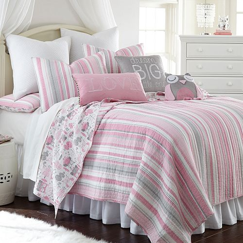 Daniella Reversible Quilt Set