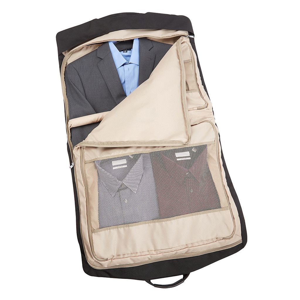 Travelpro Platinum Magna 2 21-Inch Bi-Fold Garment Bag