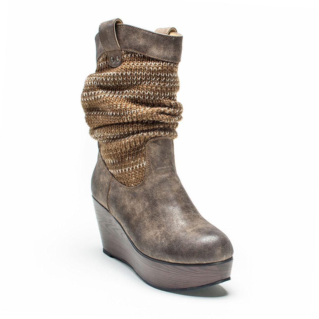 MUK LUKS Quinn Women's Wedge Boots