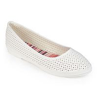 Journee Collection Darcey Women's Pinhole Ballet Flats