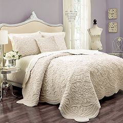 Vue Signature Plush Decor Charlotte 3 pc Faux-Fur Coverlet Set