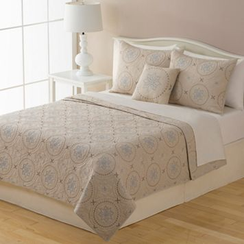 Home Classics® New Traditions Kayla Quilt