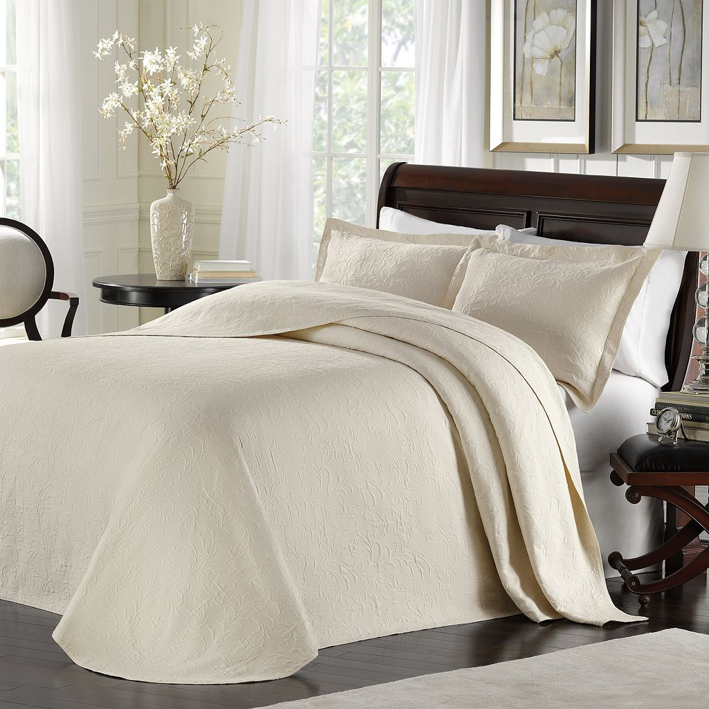 Madelyn Bedspread