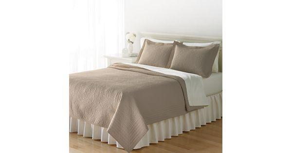 Home Classics 174 Anna Floral Quilt
