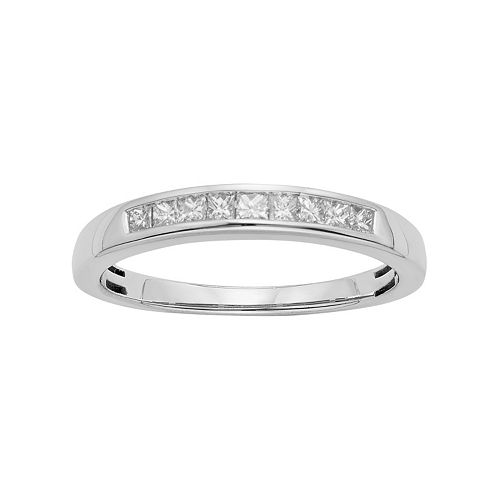 IGL Certified Diamond Wedding Ring in 14k Gold (1/4 Carat T.W.)