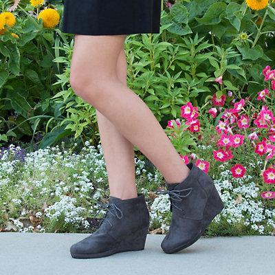 Journee Collection Enter Women's Wedge Booties