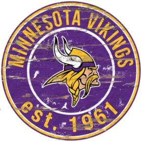 "Minnesota Vikings Distressed 24"" x 24"" Round Wall Art"