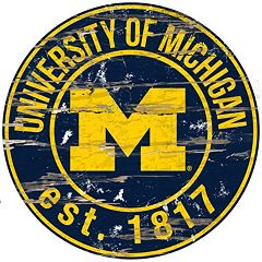 Michigan Wolverines Distressed 24' x 24' Round Wall Art
