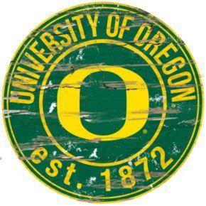"Oregon Ducks Distressed 24"" x 24"" Round Wall Art"