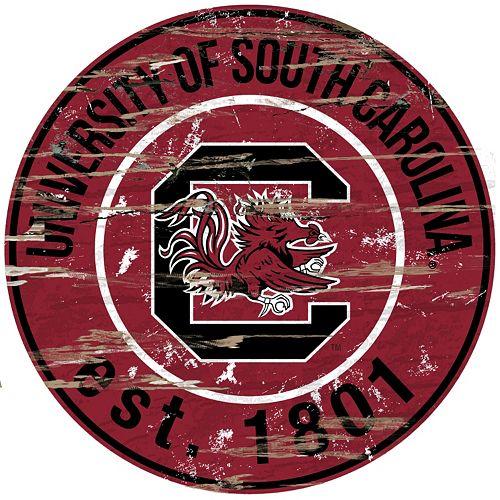 "South Carolina Gamecocks Distressed 24"" x 24"" Round Wall Art"