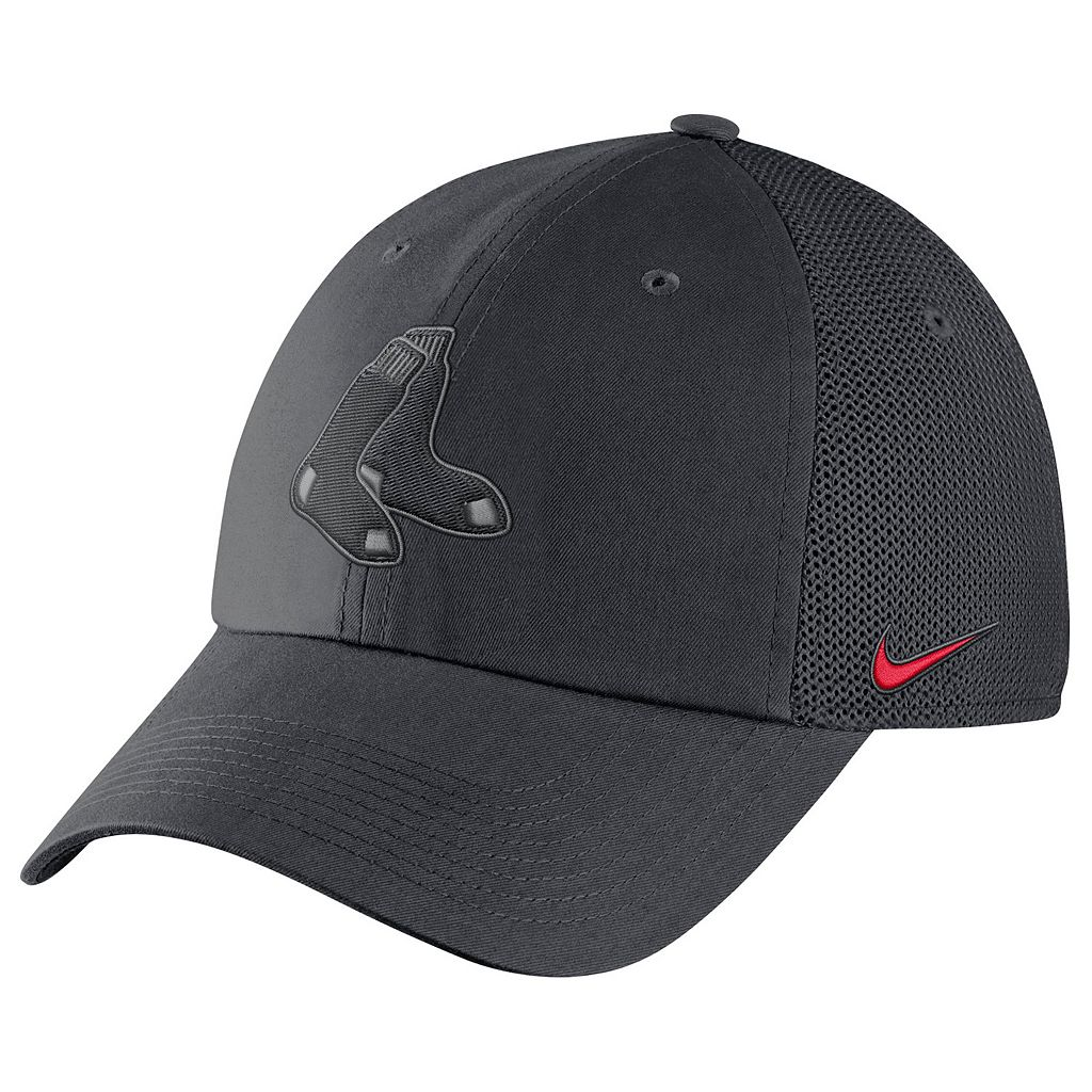 Adult Nike Boston Red Sox Heritage86 Dri-FIT Adjustable Cap