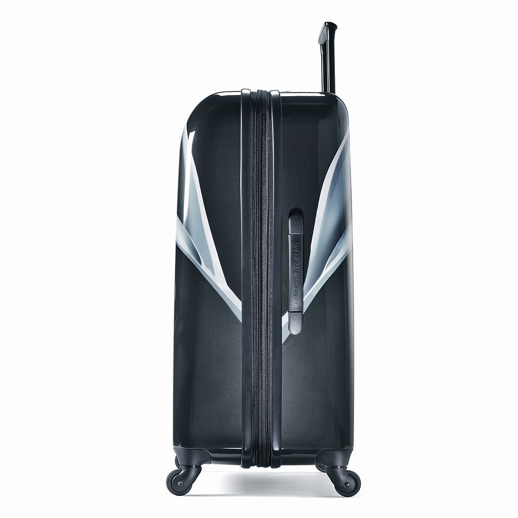 Star Wars Darth Vader 21-Inch Hardside Spinner Carry-On Luggage by American Tourister