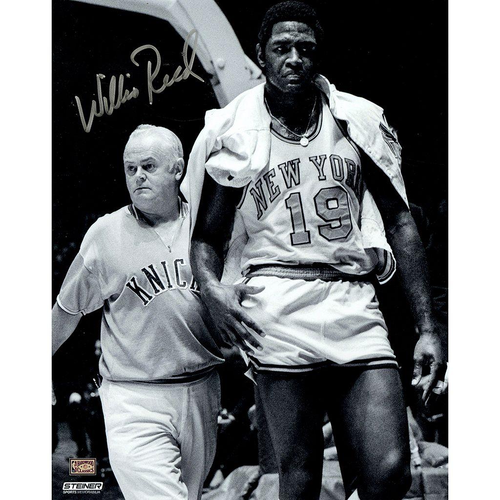 Steiner Sports New York Knicks Willis Reed With Trainer 8