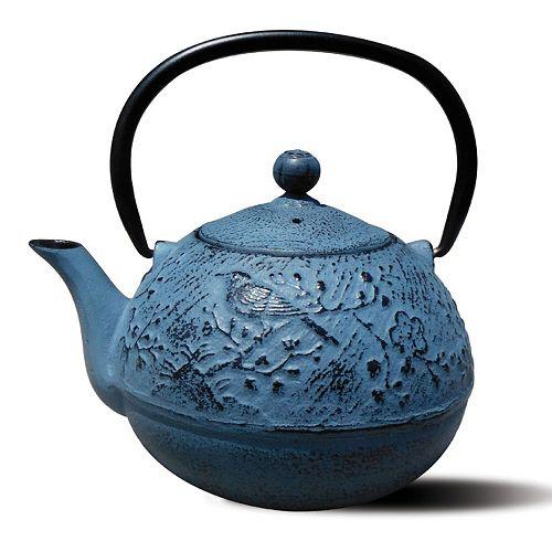 Old Dutch Suzume 24-oz. Cast-Iron Teapot