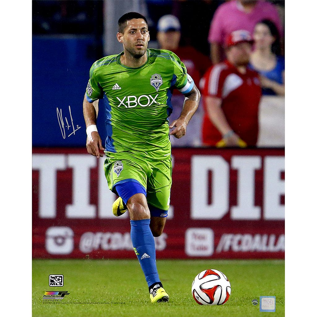 Steiner Sports Seattle Sounders Clint Dempsey Sprinting Signed 16