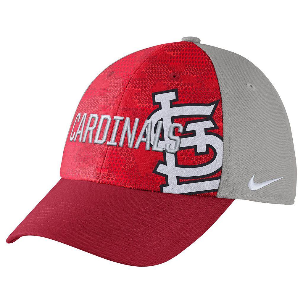 Adult Nike St. Louis Cardinals Woodland Camo Classic Flex Cap