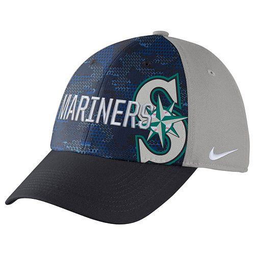 Adult Nike Seattle Mariners Woodland Camo Classic Flex Cap