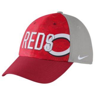Adult Nike Cincinnati Reds Woodland Camo Classic Flex Cap